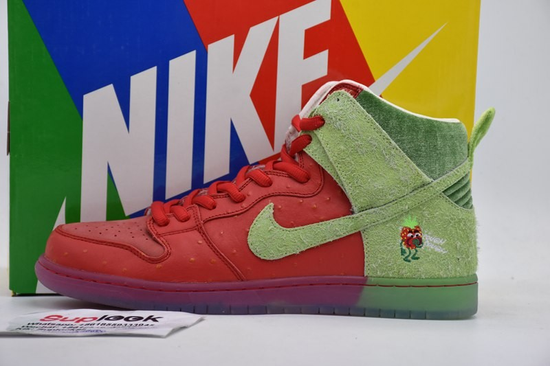 Nike SB Dunk High Strawberry Cough CW7093-600