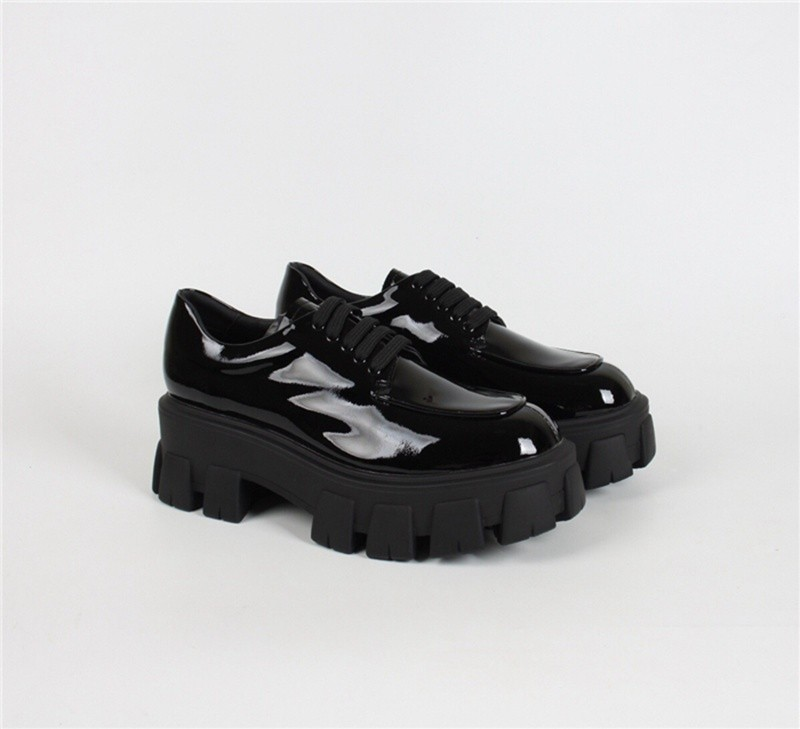 P-rada glossy lace-up shoes