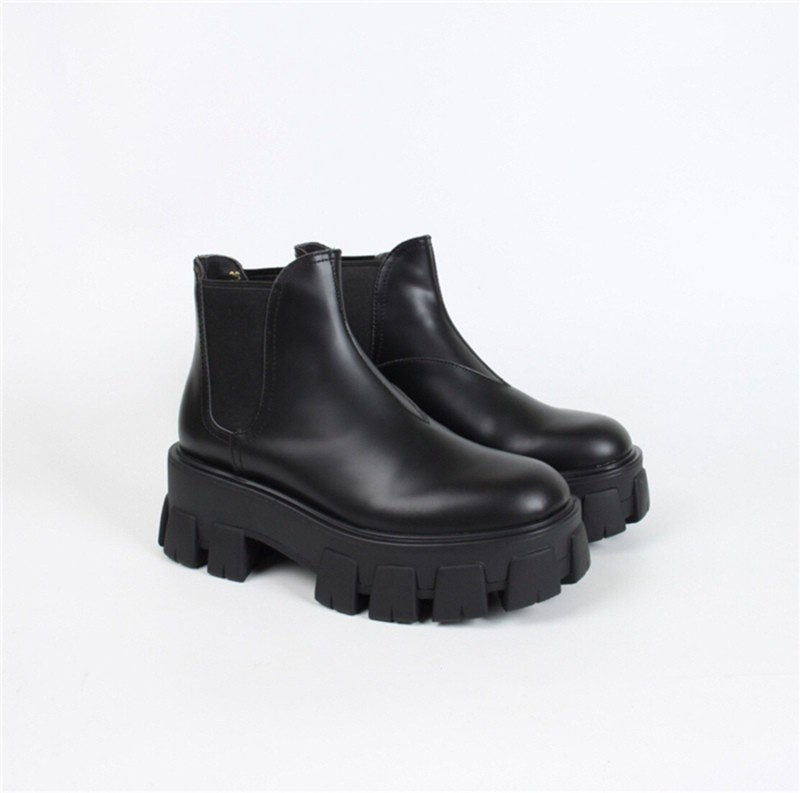 P-rada patent leather ankle boots