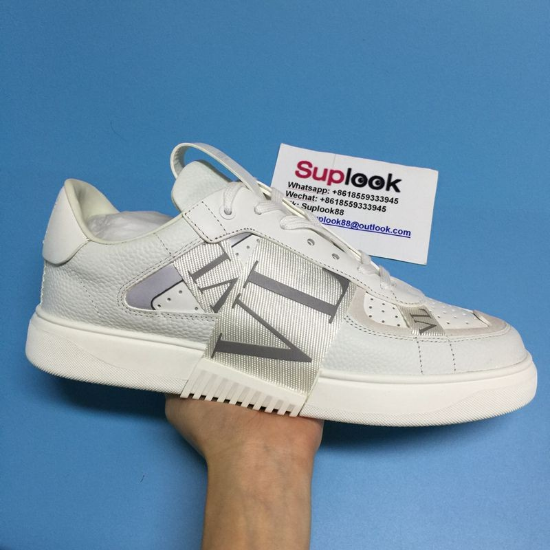 V-alentin-o Low-top Calfskin VL7N sneakers with lace