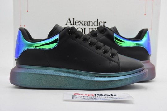 Alexande-r McQuee-n Oversized Black Pearlscent