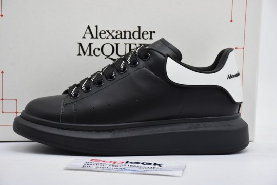Alexande.r McQuee.n Wide sports shoes