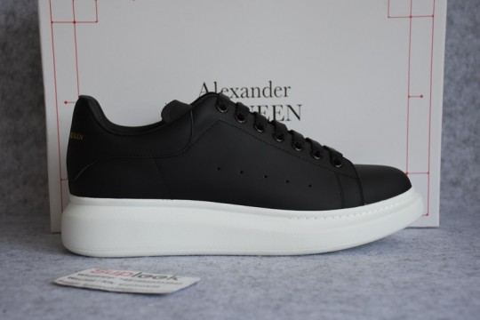 Alexander Over Size Sneaker Black White
