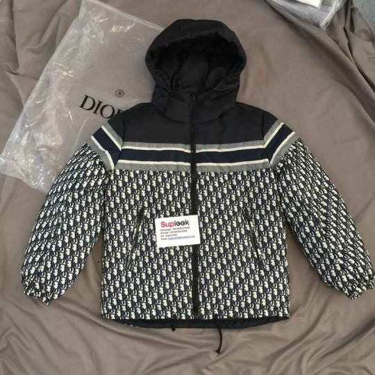 D-I-O-R REVERSIBLE CROPPED DOWN JACKET
