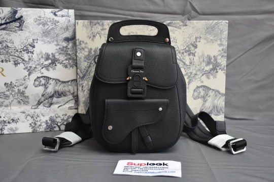 Dio-r Saddle Detail Backpack Grained Calfskin Small
