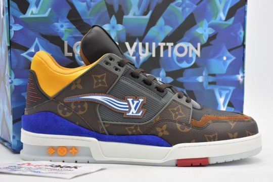 L-V Trainer sneakers