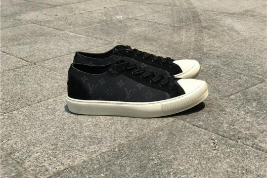 (WU$120 pls contact +8618559333945 before order) L-V Sneaker Low FREE SHIPPING WORLDWIDE