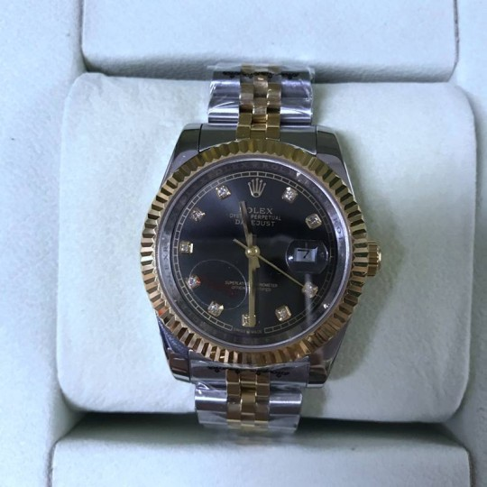 R-o-l-e-x DateJust 126333 - 41mm in SteelYellow Gold